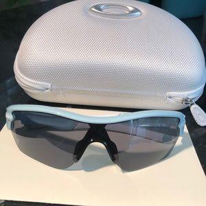 Oakley sun glasses and case